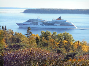 Europa leaving after their Saguenay cruise