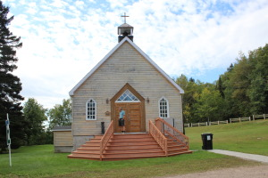 Forestville Anglican church built for foresters to worship. We found several small Anglican parishes on our travels.
